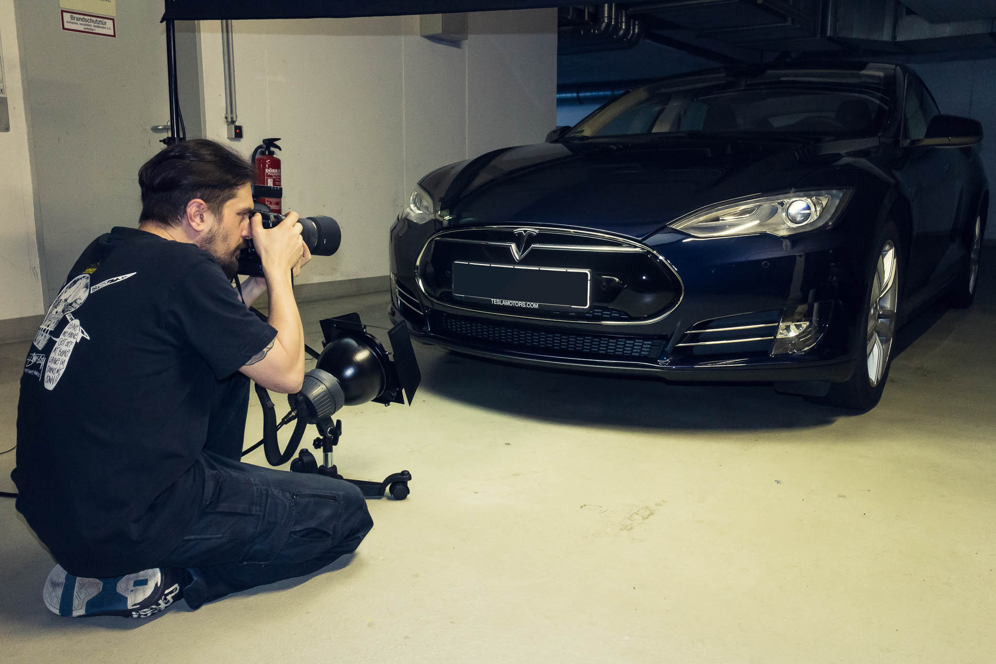 Making Of Tesla - Shot 2